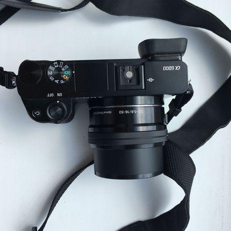 Продам фотоаппарат Sony a6000 с объективом 16-50mm 3.5-5.6