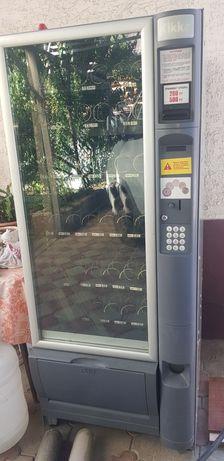 Вендинговый торговый снэйк автомат necta 6/30 холодильник