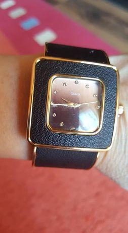 часовник Орифлейм