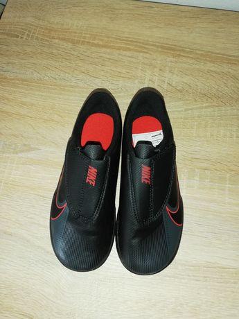 Vând Adidasi Nike Mercurial, M 30
