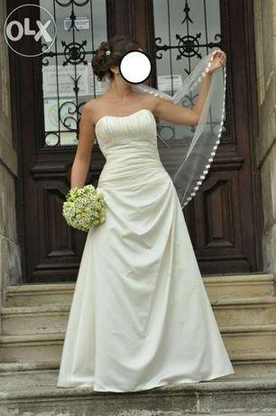 Rochie de mireasa La sposa si voal