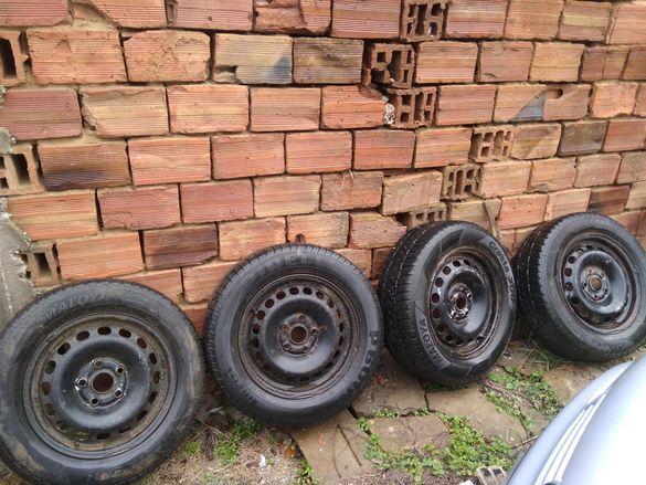 Джанти с гуми и преден ляв калник за Ауди100