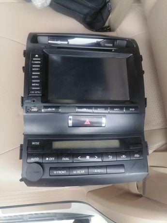 Автомогнитола TLC200
