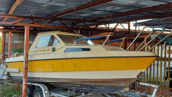 Моторна лодка Flipper 620