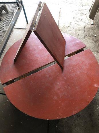 Стол круглый из чистого дерева