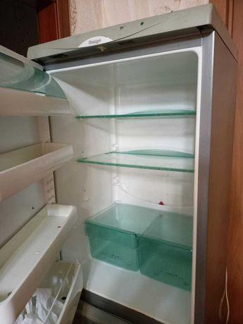 Холодильник  б  у .