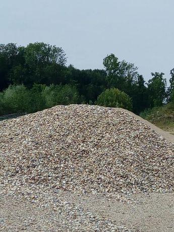 Vand nisip piatra pietris amestec beton moloz moluz criblura balastru