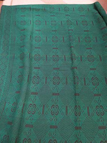 Вълнено покривало или килимче