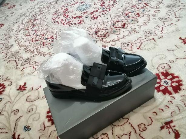 Женская обувь, 36 размер