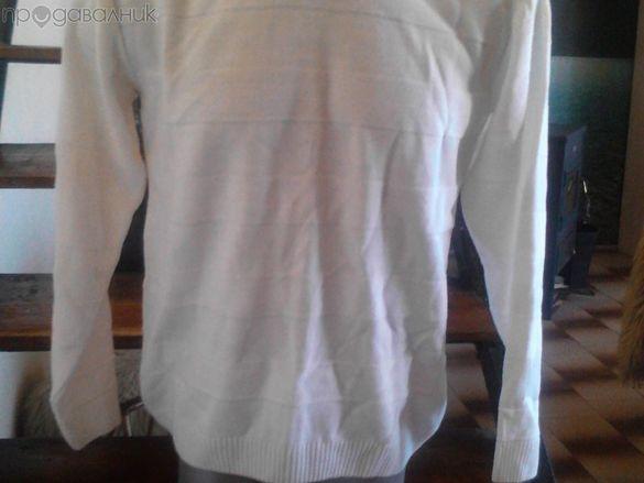 Бял мъжки пуловер размери: М