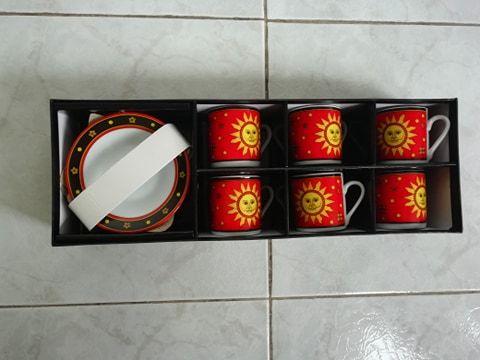 Чисто нов сервиз за кафе