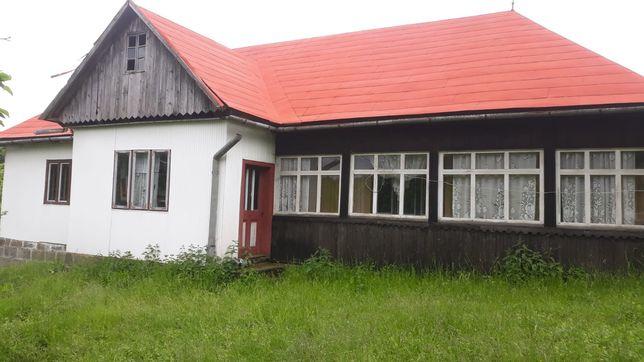 Casa la munte cu gradina de vanzare