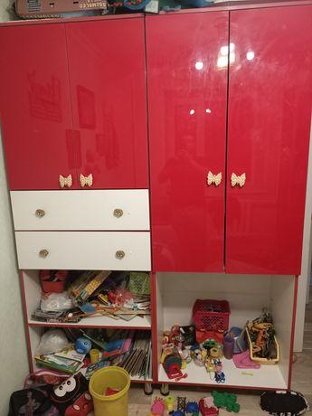 Продам два шкафа для детской