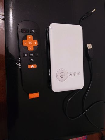 Продам проектор everycom s6 за 45000