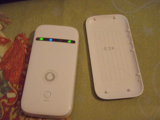 Router portabil 3G+ 42Mbps ZTE R209-Z, functional in orice retea