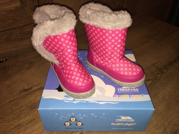 Cizme impermeabile de iarna blanite Trespass roz fetite