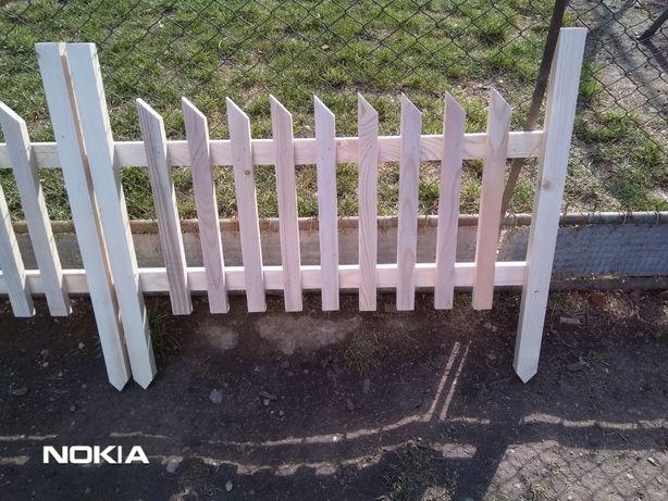 Gard decorativ lemn