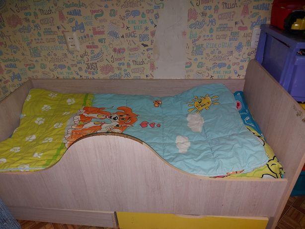 Детская кровать для ребёнка