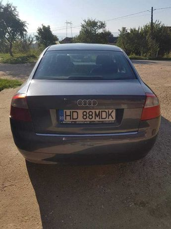 Vând Audi A4 B6 ,In stare buna de funcționare