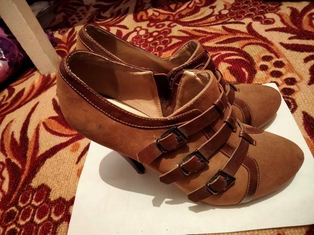 Туфли 39 размерр