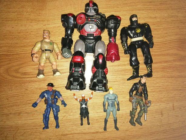 Jucării roboți, soldați