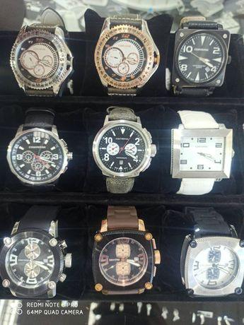 Часовници Converse