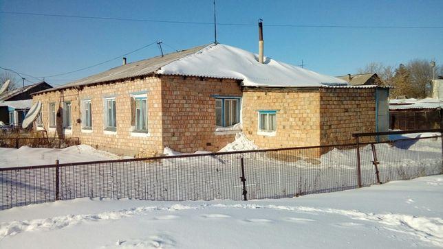Продается дом (село Ботакара, птицефабрика)