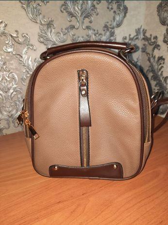 Женская сумка      .