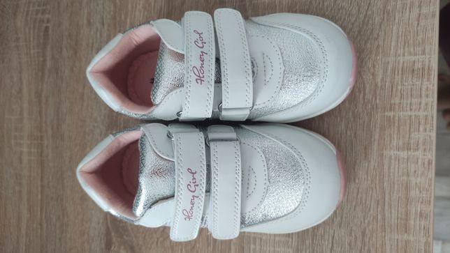 Новые детские кеды/кроссовки/ботинки KARI (бренд honey girl)
