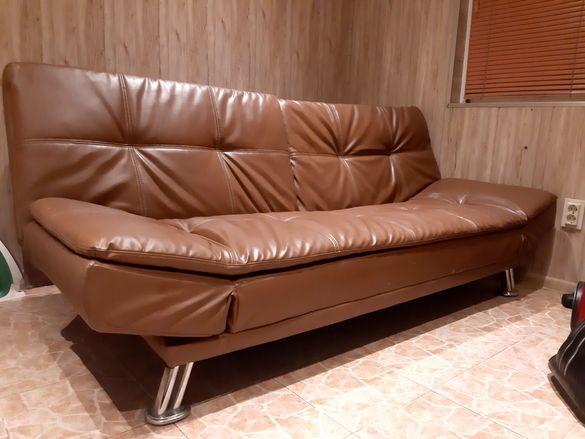 Продавам 2 дивана вид клик-клак