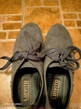 Продам туфли для школьников . Размер 36
