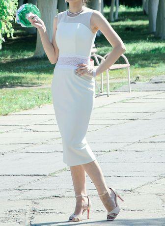 Продам платье, р-р 44, 8000 тг.