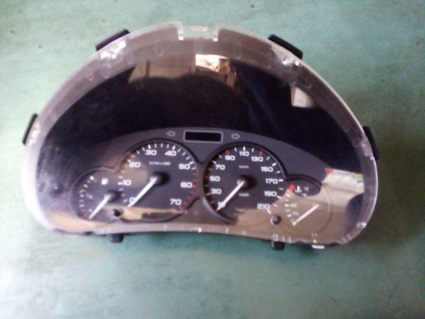 Ceasuri bord Peugeot Partner furgon 1.9 D din 2006 / 9659364180