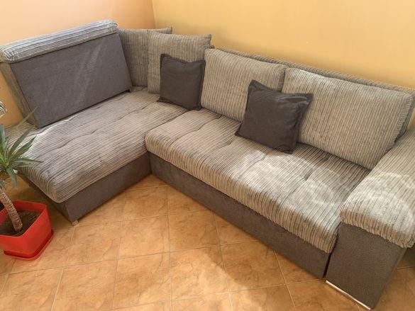 Сив разтегателен ъглов диван с ракла