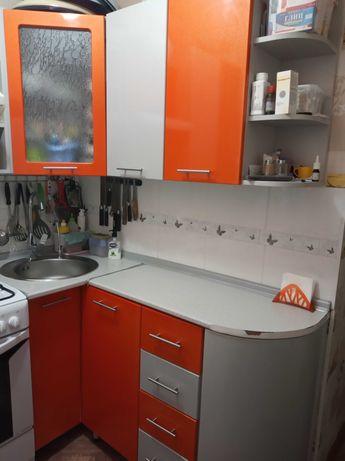 Кухонный гарнитур угловой на кухню 6 кв м