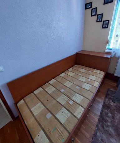 Легло с ракла + бюро + етажерка подарък