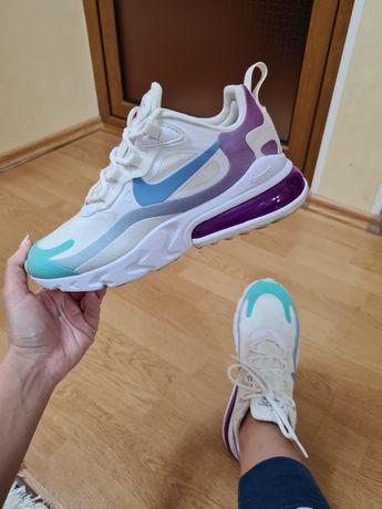 Nike marimea 36.5 (23 cm)