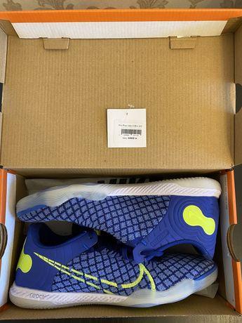Продам футзалки Nike React Gato