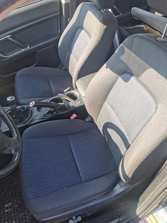 Interior/tapiterie scaune/bancheta/fete de uși/plastic Subaru Outback