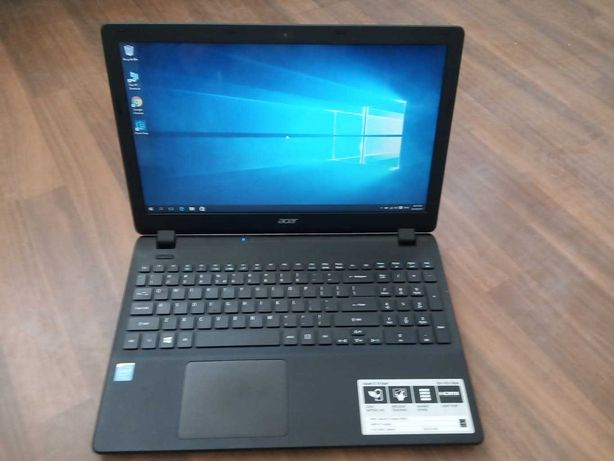 Laptop Acer ES1-512, slim, Intel, 4Gb DDR3, SSD 120Gb nou! Garantie!