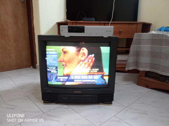 телевизор scharp 52см диагонал.