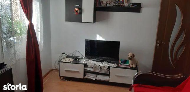 Apartament cu 2 camere de vânzare, Floresti
