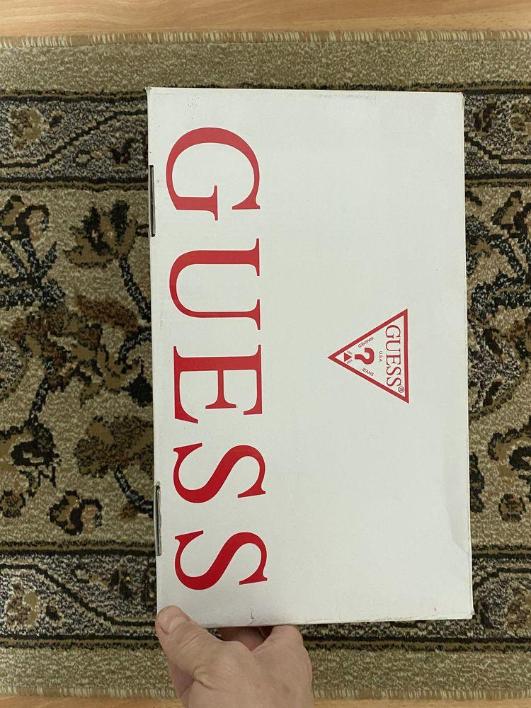 Adidasi Guess