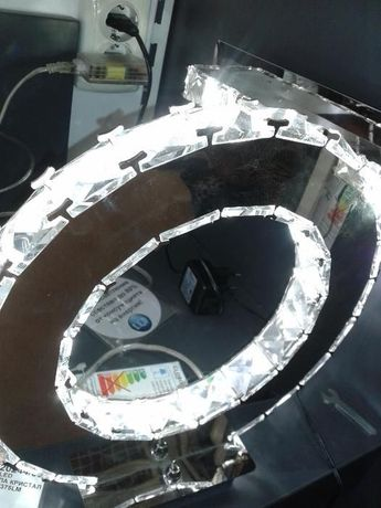 кристална настолна лампа лед
