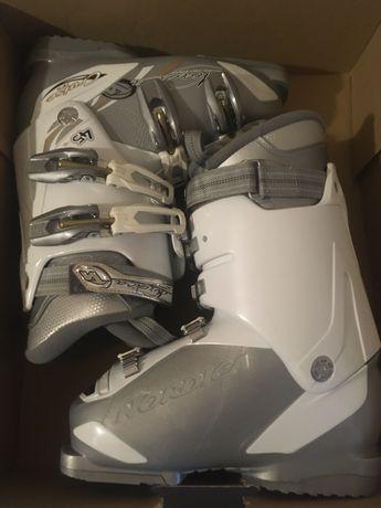 Ски обувки нордик