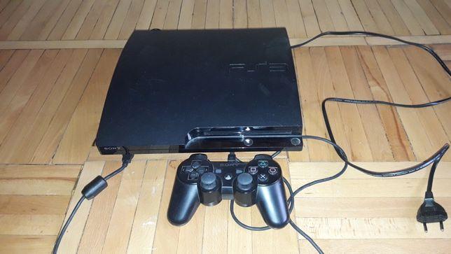 Продам игровую приставку SONY PS3