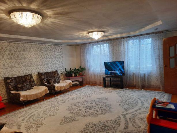 Дом Кызыл Кайрат