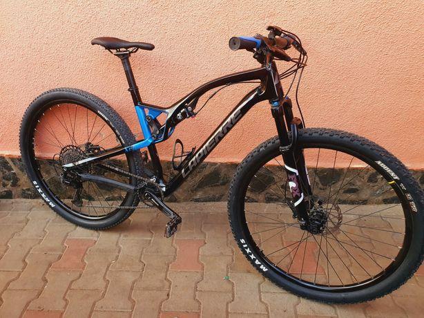 Vând bicicleta full carbon 2020