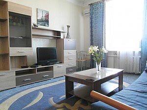 3 комнатная  квартира в центе города возле Байтерека