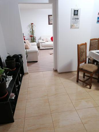 Vand Apartament 3 Camere Direct Propietar!